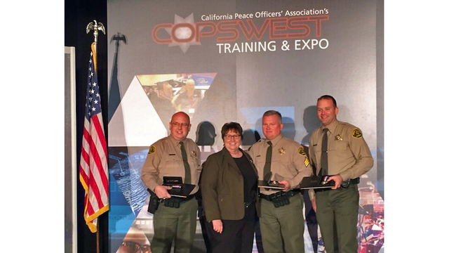 Fresno County Sheriff's deputies and correctional officer presented with Award of Valor