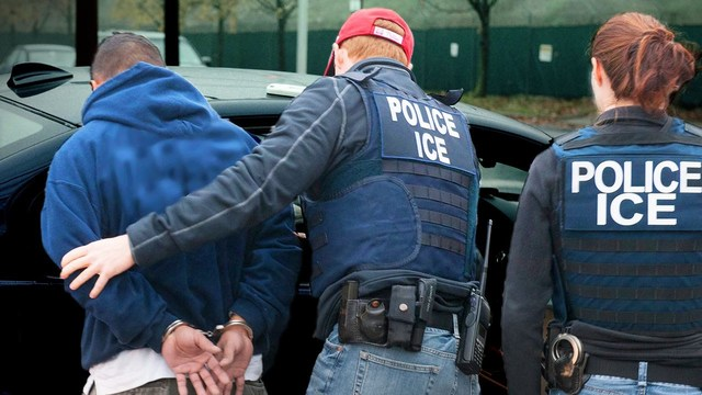 ICE lawyer accused of stealing immigrants' IDs in Seattle