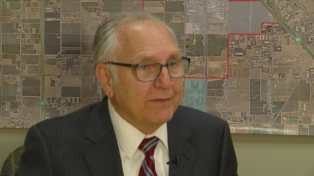 Police Chief Jerry Dyer 'strongly considering' mayor seat after Mayor Brand says he's out