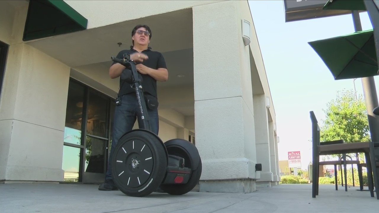 Fresno singer catching criminals in the act on Segway dash cam