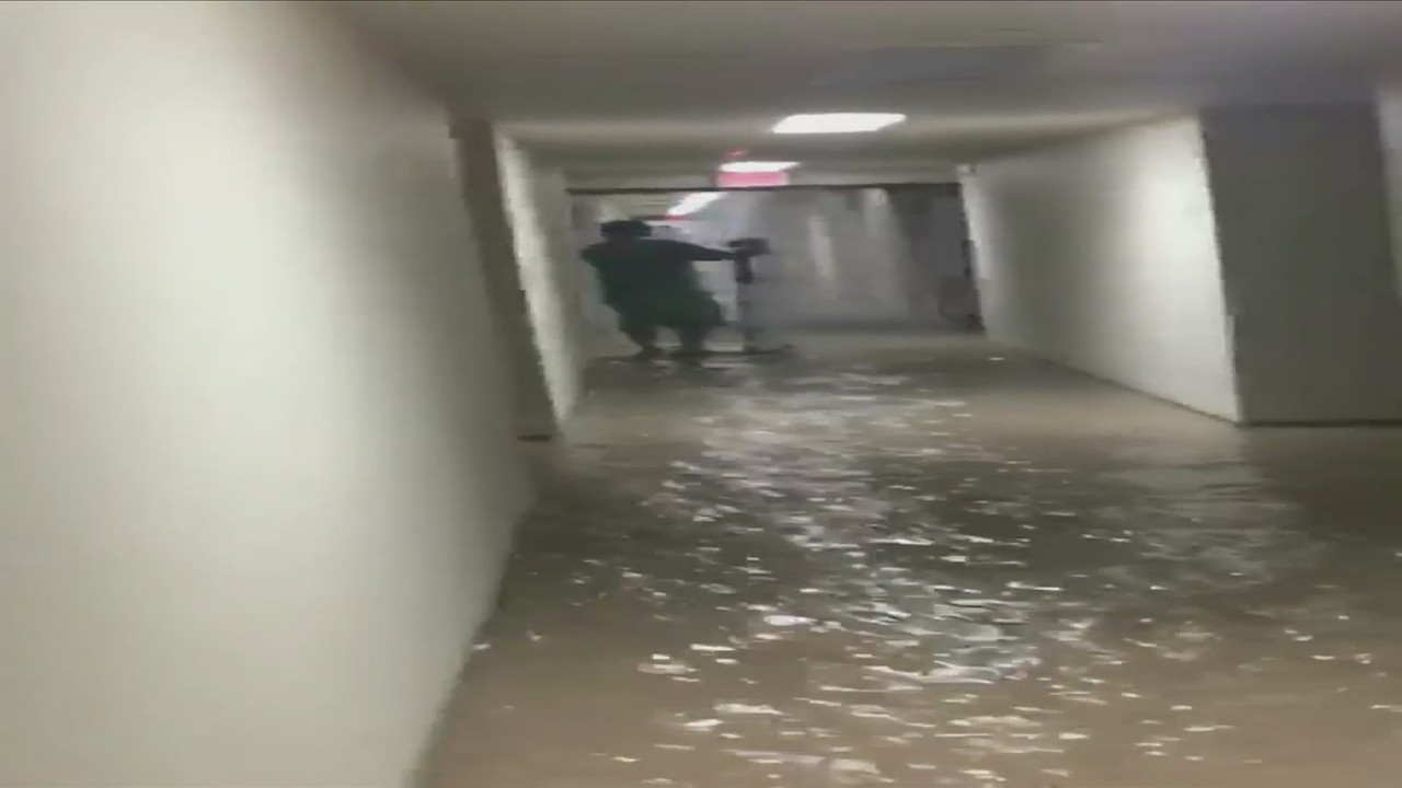 Water Red To Palazzo Apartments After Pipe Bursts Leaving Hundreds Without