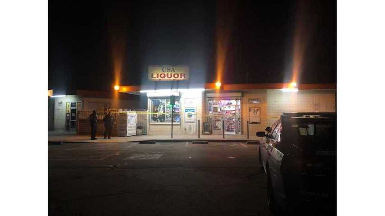 Fresno police searching for robbery suspect in central Fresno
