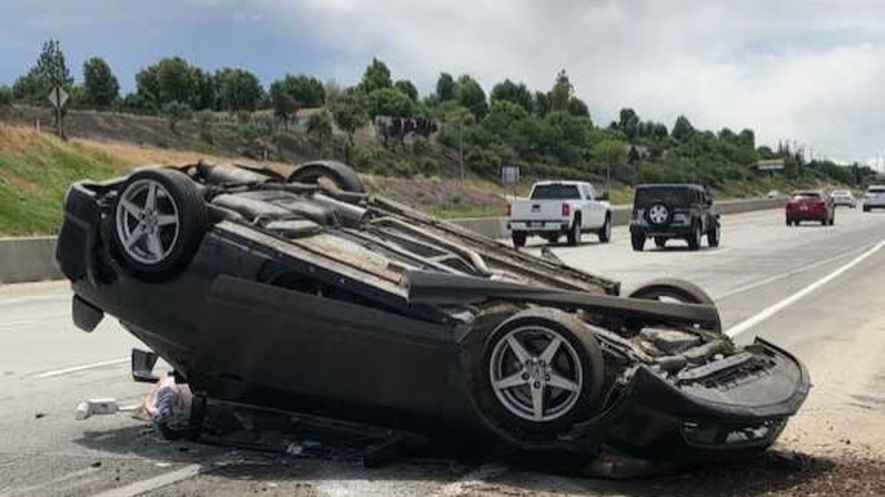Single-vehicle rollover accident on Highway 180