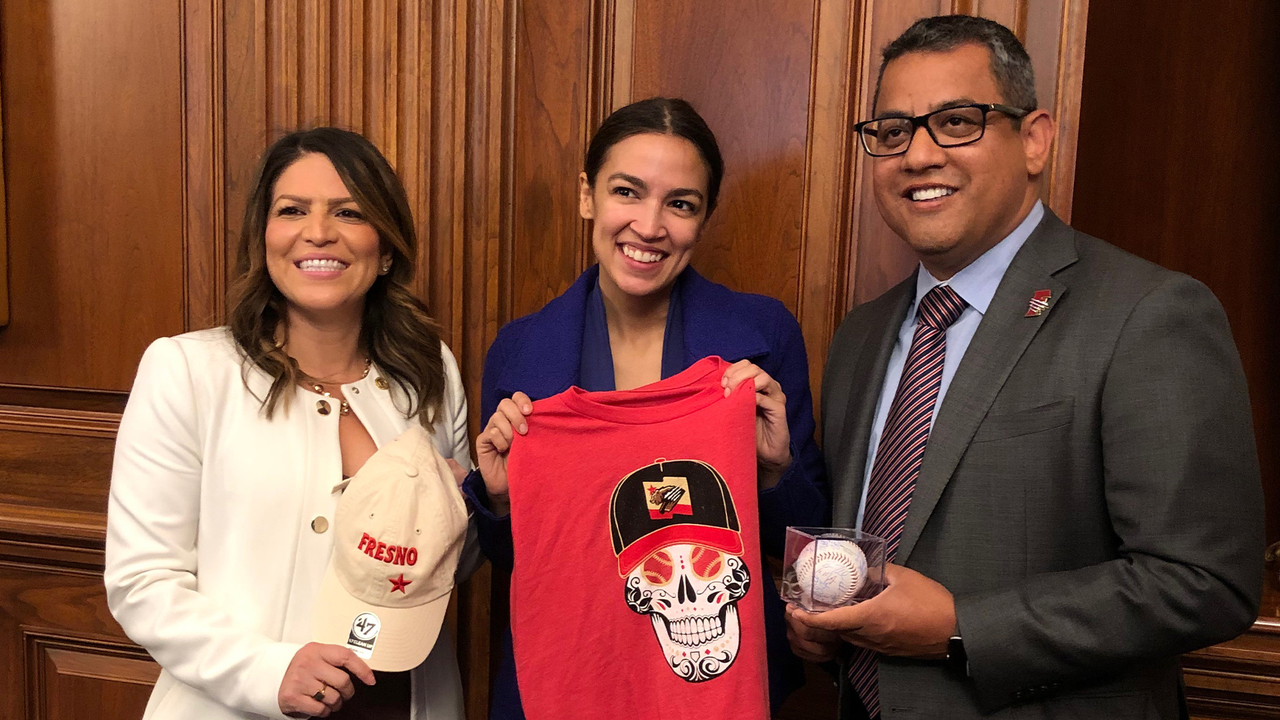 694b80935 Fresno City Council members meet with Ocasio-Cortez about Grizzlies  controversy